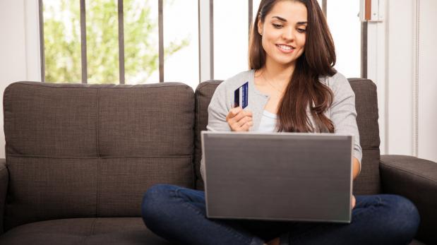 Es mejor vivir tranquilo, sin deudas ni grandes intereses. Por eso, paga a tiempo tu Tarjeta de Crédito.