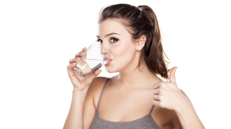 [BBC] ¿Cuánta agua debemos beber cuando estamos enfermos?