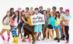Blogueros de todo el mundo posan para el YouTube Rewind