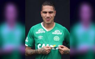Guerrero lució camiseta del Chapecoense en homenaje de Flamengo