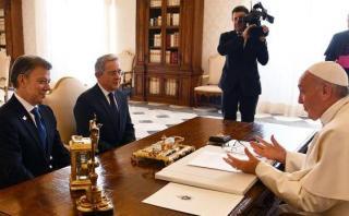 Papa reunió a Santos y Uribe en Vaticano: ¿De qué hablaron?