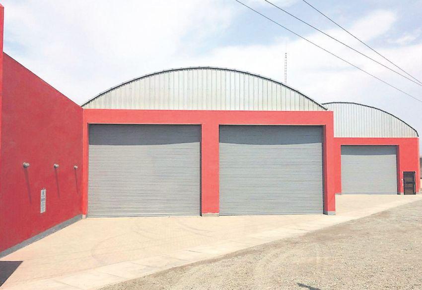 Así de desolada estuvo ayer la compañía de bomberos de Asia. (Juan Guillermo Lara / El Comercio)