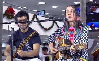 """Aterciopelados en una sesión acústica desde """"El Comercio"""""""