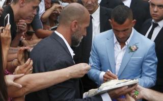 Carlos Tevez y la incómoda pregunta que le hicieron en su boda