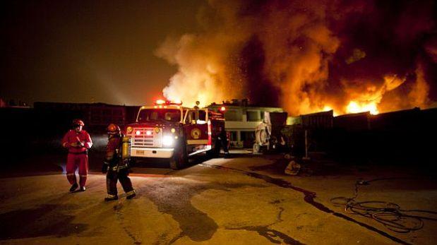Desde niño, Rudy Carlos Ostoa sintió admiración por los bomberos. (Foto:  El Comercio)