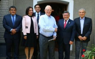 PPK se reunió con César Acuña y congresistas de APP