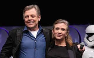 """Mark Hamill está """"devastado"""" tras muerte de Carrie Fisher"""