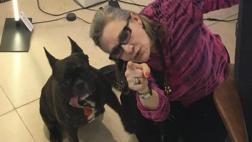 Gary,mascota de Carrie Fisher, se 'despidió' de ella en Twitter