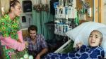 Miley Cyrus y Liam Hemsworth visitaron hospital infantil - Noticias de liam hemsworth