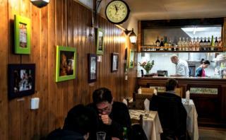 Restaurante de refugiados sirios deleita a Francia en Año Nuevo