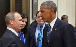 Diplomáticos rusos expulsados de EE.UU. llegan a Moscú