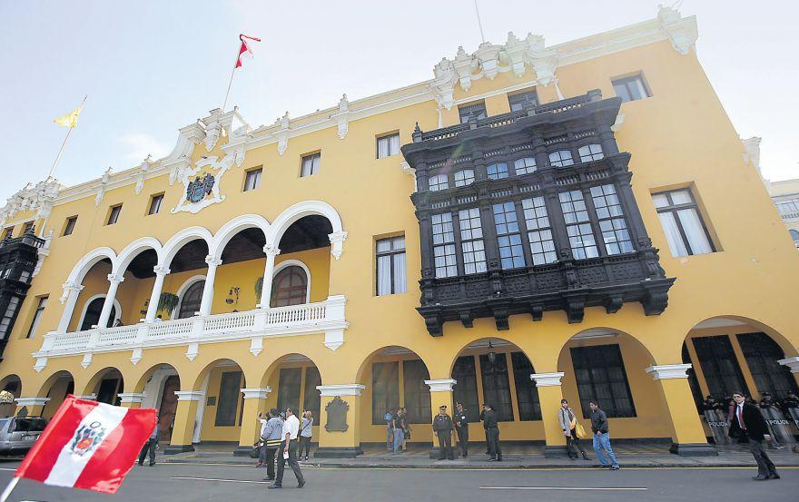 La MML tuvo el 2016 un presupuesto de S/1.900 mlls., cifra similar a la del Gobierno Regional de Cusco. (Rolly Reyna / Archivo El Comercio)
