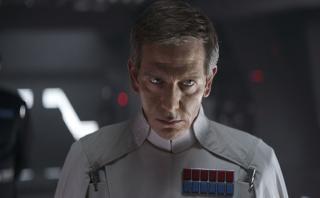 """Rogue One"" lidera la taquilla por tercera semana consecutiva"