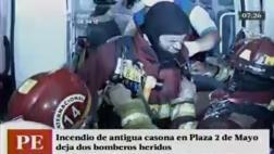 Dos bomberos quedaron heridos por incendio en plaza Dos de Mayo