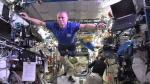 Facebook: el 'Mannequin Challenge' de los astronautas de la EEI - Noticias de henry thomas berry