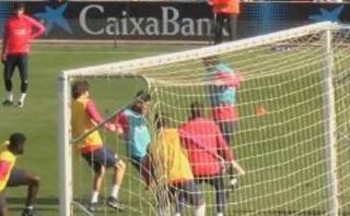 Lionel Messi: sensacional golazo a doble 'huacha' en prácticas
