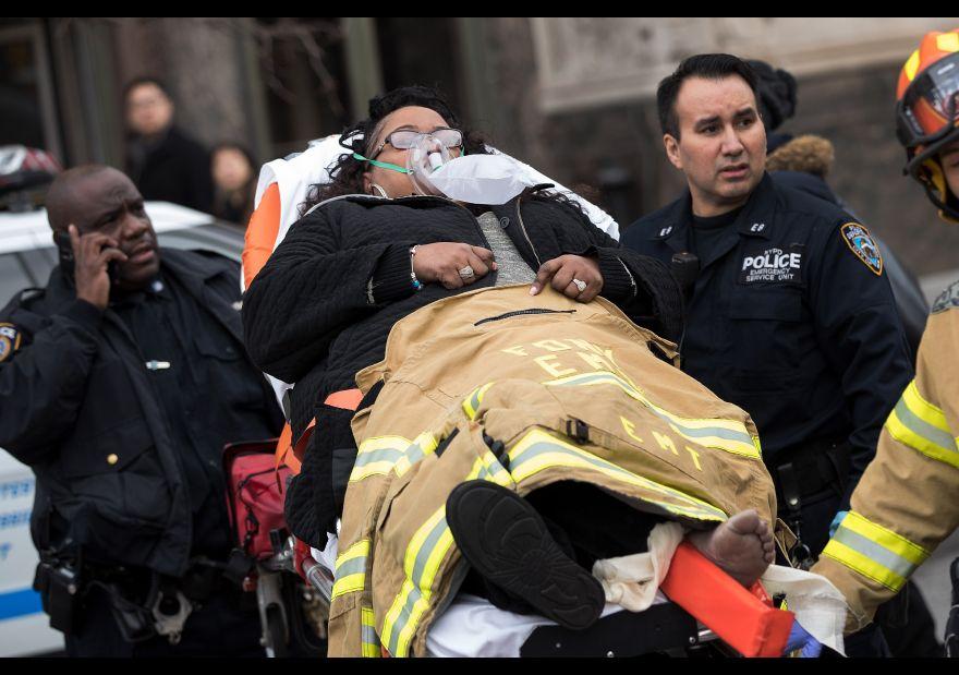 Se descarrila tren de pasajeros en EU; hay decenas de heridos