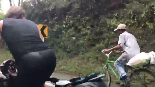 Campesino de 63 años superó con facilidad a triatletas [VIDEO]
