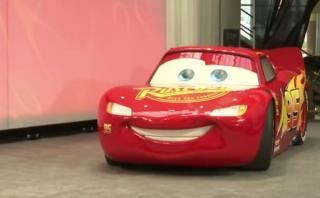 """""""Cars 3"""": ¡Rayo McQueen a tamaño real en el Salón de Detroit!"""
