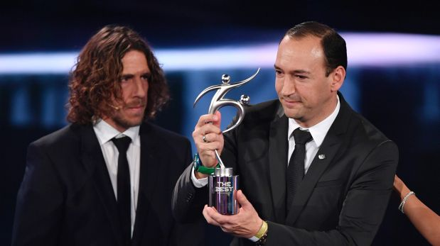 Juan Carlos Cuesta, presidente del Atlético Nacional de Medellín, recibió el premio 'Fair Play' (Foto: AFP)