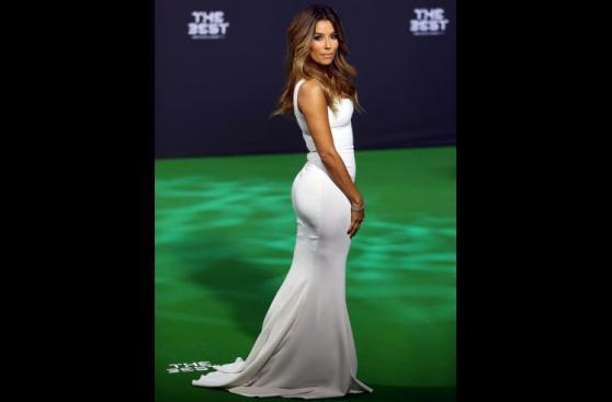 Eva Longoria deslumbró con su belleza en ceremonia de la FIFA