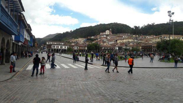 Regidores votan en contra de peatonalización de plaza de Cusco
