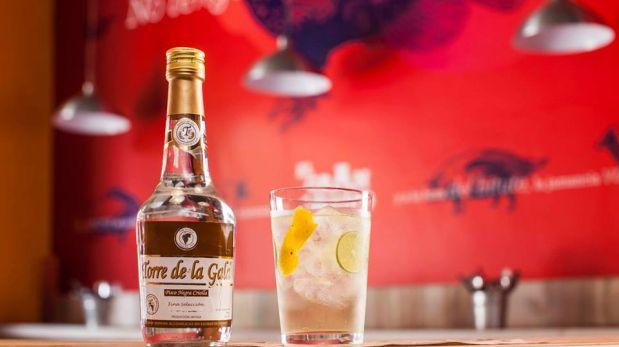 En los bares del hotel Delfines se servirán en promoción distintas versiones de cócteles: chilcano de sauco, de hoja de coca con muña, chilcano de toffee y de hierbaluisa con granadilla.