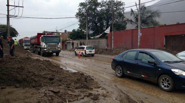 Carretera Central: reabren la vía tras caída de huaicos