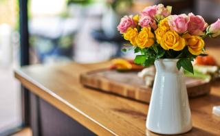 Mantén tus floreros limpios en cuatro simples pasos