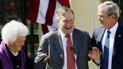 EE.UU.: Los padres del ex presidente Bush fueron hospitalizados