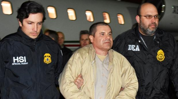 El Chapo Guzmán llegó en un pequeño avión al aeropuerto MacArthur de Long Island el jueves después del anochecer. (Foto: Reuters - Video: AFP)