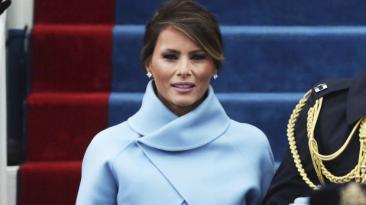 Moda: Melania Trump evoca a Jackie Kennedy en toma de mando