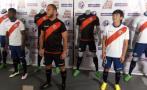 Deportivo Municipal presentó sus nuevas camisetas para el 2017