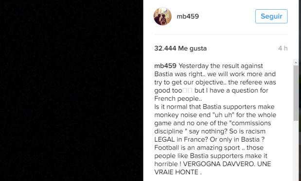 Mario Balotelli se quejó en Instagram por los constantes insultos racistas que recibe.