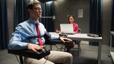 """""""Snowden"""", nuestra crítica del nuevo filme de Oliver Stone"""