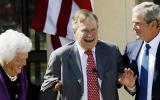 EE.UU.: George Bush padre sale de cuidados intensivos