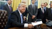 Trump congeló la contratación de empleados del gobierno