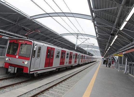 Dos miembros del comité del Metro de Lima abandonaron el país