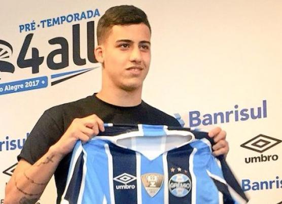 Beto da Silva fue presentado como nuevo futbolista de Gremio