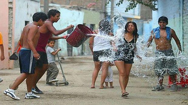 Trujillo: S/405 de multa por jugar carnavales de forma violenta