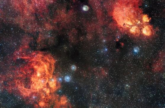 Logran la fotografía más grande de dos impactantes nebulosas