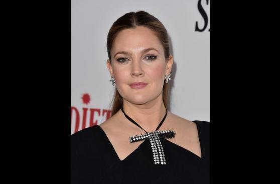 Drew Barrymore se lució en premiere de