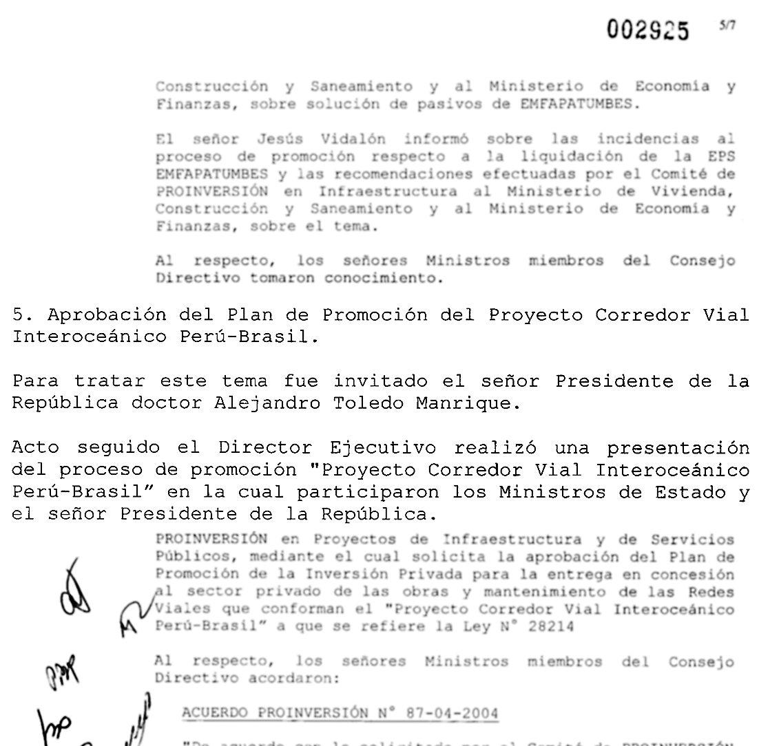 El acta del consejo directivo de pro inversión: El 22 de diciembre del 2004 el entonces presidente Toledo llegó a mitad de la reunión para discutir la aprobación de la Interoceánica. (Fuente: El Comercio)