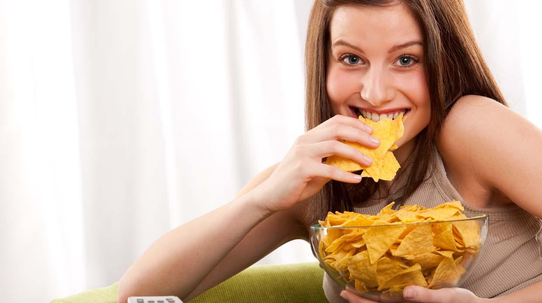 Por qué el sonido de gente comiendo puede molestarte en exceso
