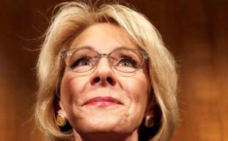 Histórica votación confirmó a secretaria de Educación de Trump
