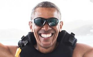 Barack Obama: Así la está pasando en sus vacaciones [VIDEO]