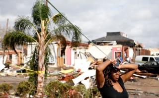 [BBC] Estados Unidos: El feroz paso de tornados por Luisiana