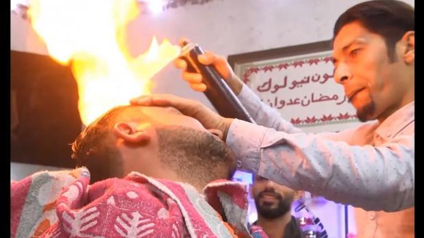Peluquero utiliza fuego para crear peinados geniales [VIDEO]