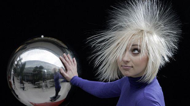 Dos factores determinan que tu cabello sea lacio u ondulado