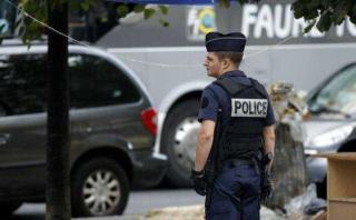 """Francia detiene 4 sospechosos de preparar """"atentado inminente"""""""